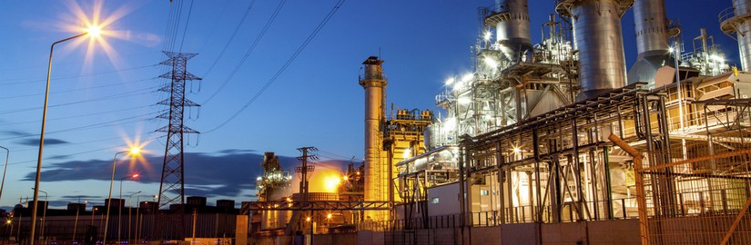 166551590_Refinery-at-night.jpg